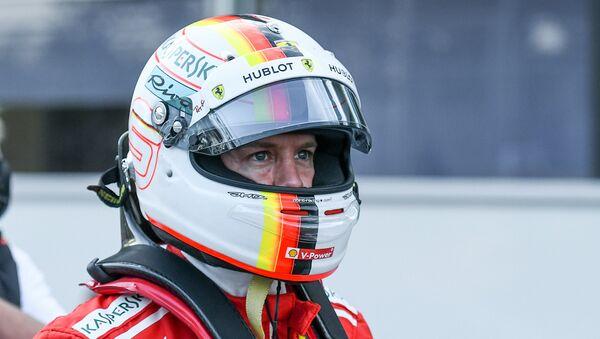 Себастьян Феттель из команды Ferrari — победитель квалификационного заезда Гран-при Азербайджана Формула-1 - Sputnik Азербайджан