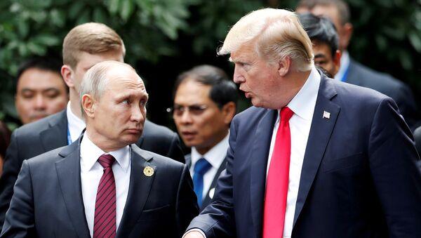 Владимир Путин и Дональд Трамп - Sputnik Азербайджан