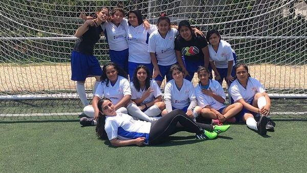 Молодые мексиканские футболистки - Sputnik Азербайджан