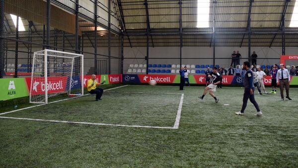 Футбольный матч, организованный трансплантологами Азербайджана - Sputnik Азербайджан