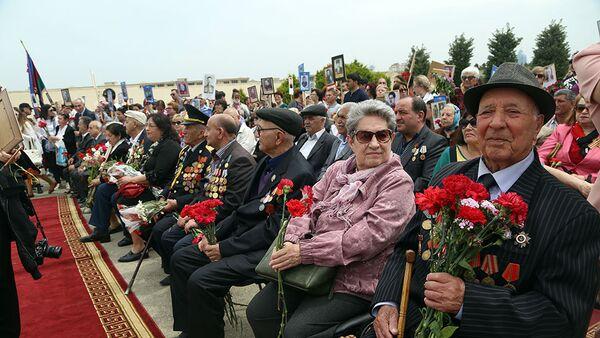 В Азербайджанской Армии проводится ряд мероприятий в связи с 73-й годовщиной Победы в Великой Отечественной войне - Sputnik Азербайджан