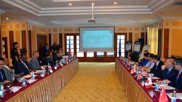 В Баку проходит встреча с постоянной группой экспертов по тылу стран-партнеров НАТО - Sputnik Азербайджан