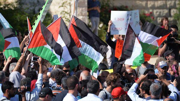 Протесты против переноса посольства США из Тель-Авива в Иерусалим - Sputnik Азербайджан