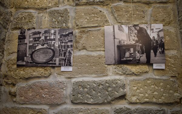 В галерее Nur Art House прошло открытие выставки Азербайджан глазами фотографов Грузии. Я полюбил Азербайджан - Sputnik Азербайджан