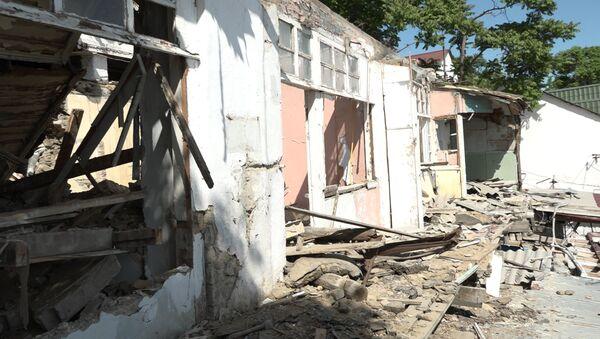 Катастрофа на Баиловском склоне: кадры разрушенных домов - Sputnik Азербайджан