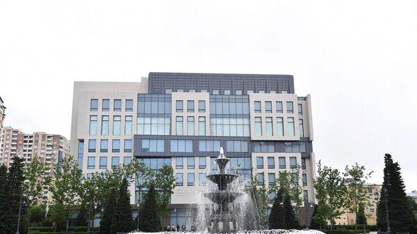 Новое административное здание партии Ени Азербайджан - Sputnik Азербайджан