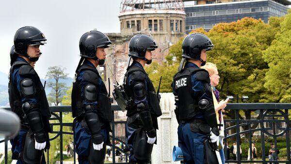 Полицейские в Японии, фото из архива - Sputnik Азербайджан