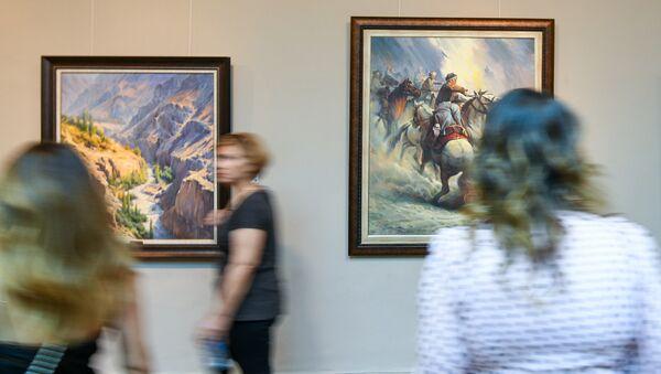 Персональная выставка иранского художника Вадуда Муаззина в галерее искусств Музейного центра Баку - Sputnik Азербайджан