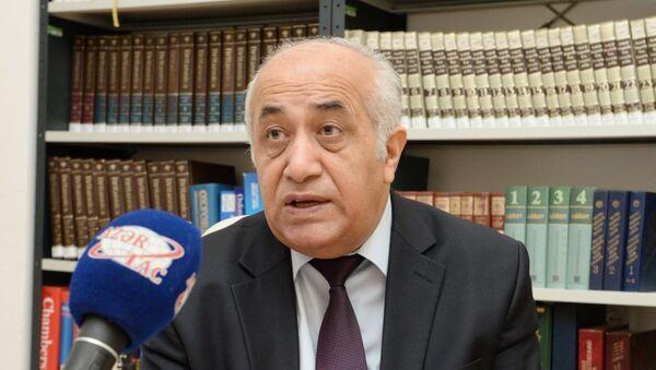 Заместитель директора Института истории Национальной академии наук Азербайджана, профессор Джаби Бахрамов - Sputnik Азербайджан