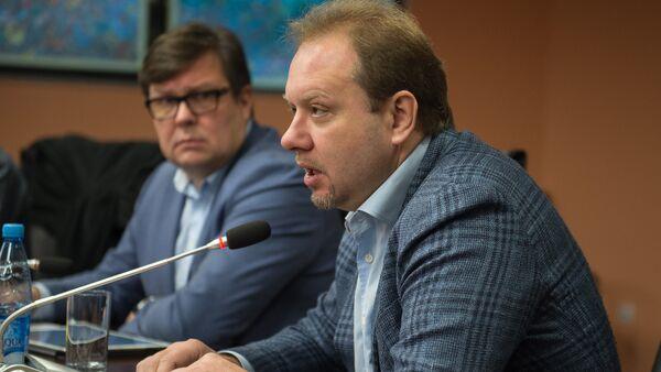 Профессор Высшей школы экономики (НИУ ВШЭ), политолог Олег Матвейчев - Sputnik Азербайджан