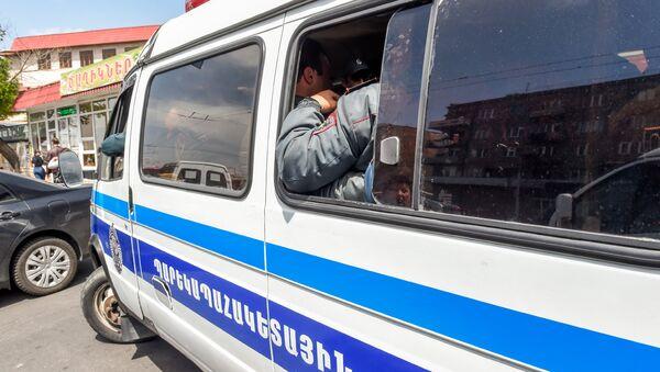 Yerevanda polis avtomobili, arxiv şəkli - Sputnik Azərbaycan