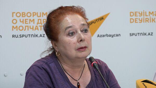 Как руководитель детcкого театра предлагает воспитывать детей - Sputnik Азербайджан