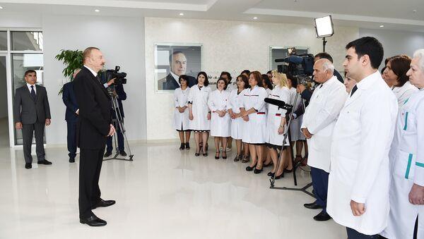 Президент Ильхам Алиев в открытии центральной городской больницы в Нафталане - Sputnik Азербайджан