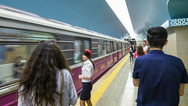 Станция Сахиль Бакинского метрополитена после капитального ремонта и реконструкции - Sputnik Азербайджан