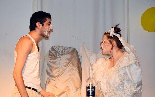 Спектакль Мещанская свадьба - Sputnik Азербайджан