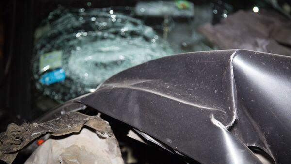 Пострадавший в результате ДТП автомобиль, фото из архива - Sputnik Азербайджан