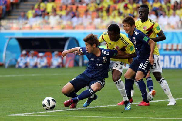 Матч группового этапа чемпионата мира по футболу между сборными Колумбии и Японии - Sputnik Азербайджан