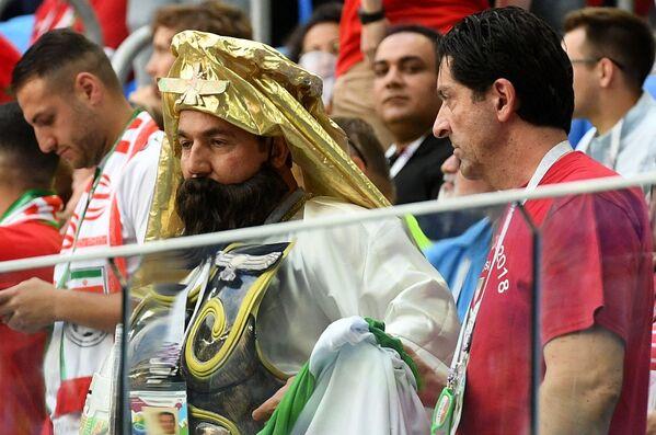 Болельщики перед началом матча группового этапа чемпионата мира по футболу между сборными Марокко и Ирана - Sputnik Азербайджан