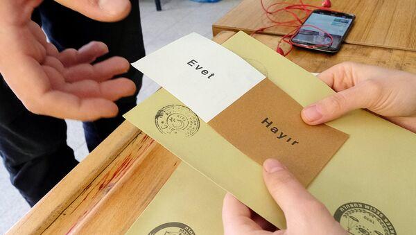 Референдум по изменению конституции Турции - Sputnik Azərbaycan