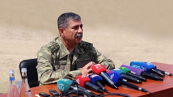 Министр обороны Азербайджана генерал-полковник Закир Гасанов - Sputnik Азербайджан