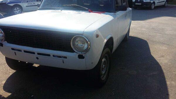 Автомобиль ВАЗ-21011 - Sputnik Азербайджан