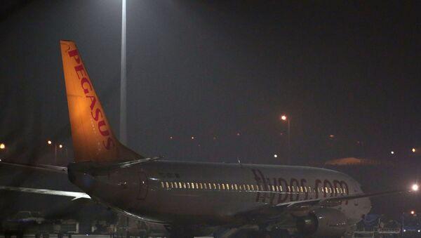 Самолет авиакомпании Pegasus Airlines - Sputnik Азербайджан
