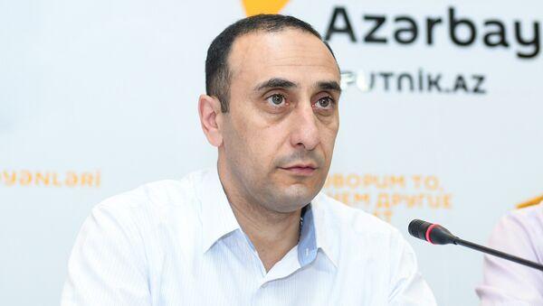 Директор Центра истории Кавказа Ризван Гусейнов - Sputnik Azərbaycan