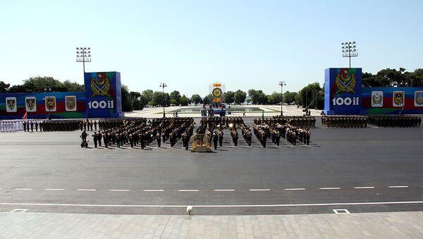Состоится военный парад, посвященный 100-летнему юбилею Вооруженных Сил Азербайджана - Sputnik Азербайджан