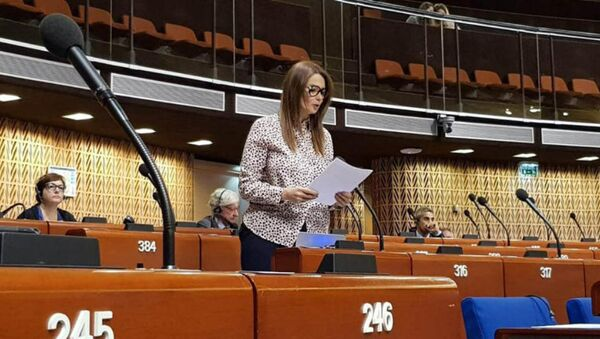 Ганира Пашаева на летней сессии организации в Страсбурге - Sputnik Азербайджан