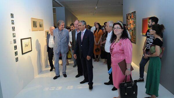 Выставка работ грузинских художников под названием Текущая ситуация. Баку, Центр Гейдара Алиева, 27 июня 2018 года - Sputnik Азербайджан