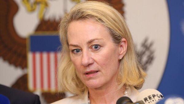 Первый заместитель помощника госсекретаря США по вопросам Южной и Центральной Азии Элис Уэллс - Sputnik Азербайджан