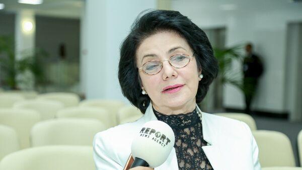 Председатель Союза композиторов Азербайджана, народная артистка Фирангиз Ализаде - Sputnik Azərbaycan