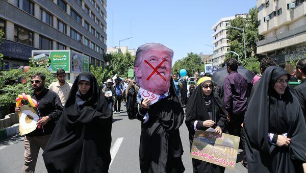 Tehranda ABŞ-a qarşı etriazlar, axiv şəkli - Sputnik Azərbaycan