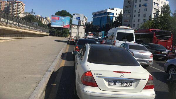 Пробки на проспекте Москвы в Баку, 27 июня 2018 года - Sputnik Азербайджан