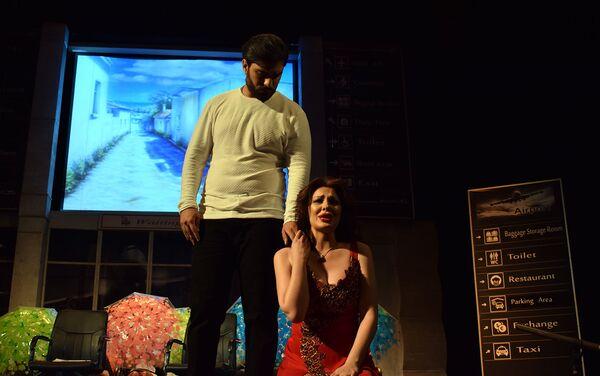 Премьера спектакля Уйди из моих снов в Азербайджанском государственном русском драматическом театре - Sputnik Азербайджан