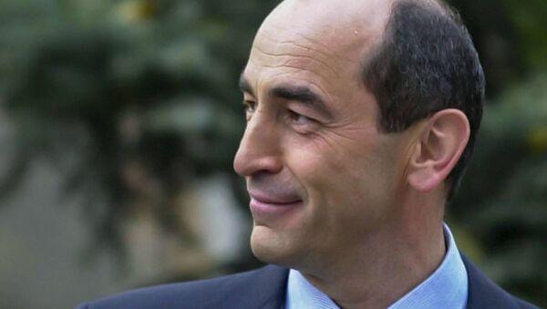 Второй Президент Армении Роберт Кочарян - Sputnik Азербайджан