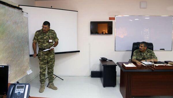 Совещание под руководством министра обороны АР генерал-полковника Закира Гасанова - Sputnik Азербайджан