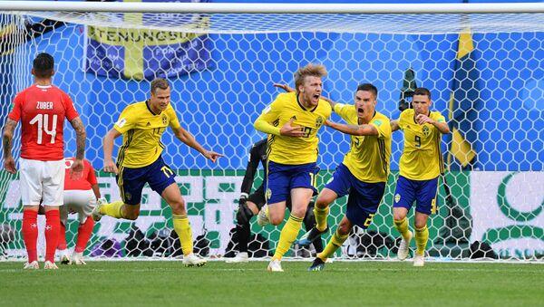 Встреча сборных Швеции и Швейцарии завершилась со счетом 1:0 - Sputnik Азербайджан
