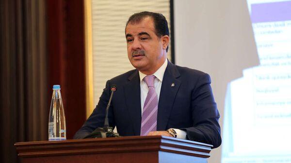Глава исполнительной власти Гянджи Эльмар Велиев, фото из архива - Sputnik Азербайджан
