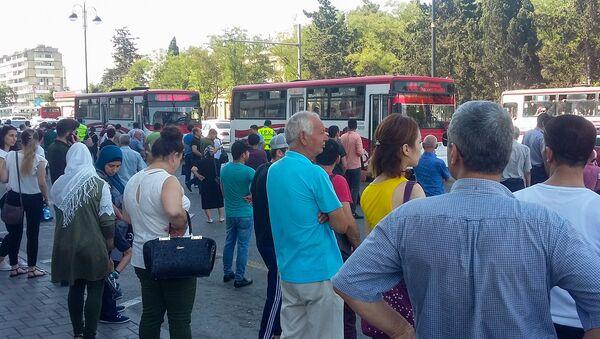 Транспортные проблемы, вызванные приостановкой работы бакинского метрополитена. 4 июля 2018 года - Sputnik Азербайджан
