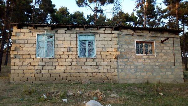 Поврежденный в результате оползня дом в Шамахы, фото из архива - Sputnik Азербайджан