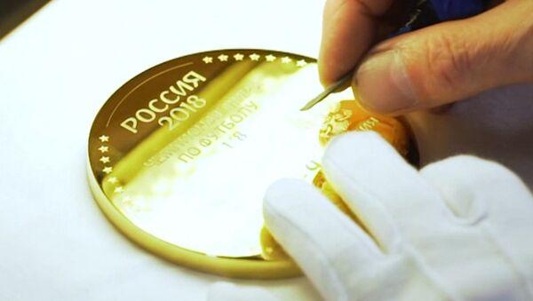 Ногу Игоря Акинфеева увековечили в золоте - Sputnik Азербайджан