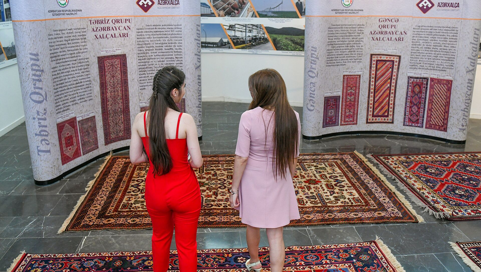 """Выставка ковров """"Умелые руки, волшебные нити"""" в Баку  - Sputnik Азербайджан, 1920, 12.04.2021"""