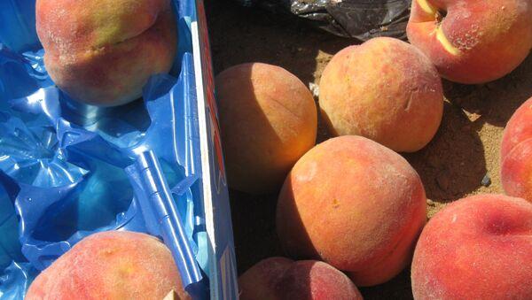Персики, фото из архива - Sputnik Азербайджан
