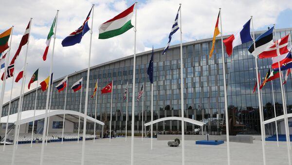 Штаб-квартира НАТО в Брюсселе, 11 июля 2018 года - Sputnik Азербайджан