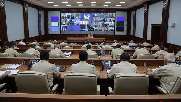 Служебное совещание под руководством министра обороны Азербайджана генерал-полковника Закира Гасанова - Sputnik Азербайджан