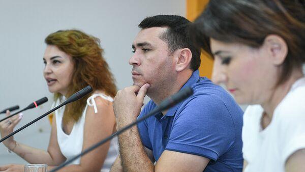 Проведение тренингов для детей из малообеспеченных семей в целях личностного развития - Sputnik Азербайджан