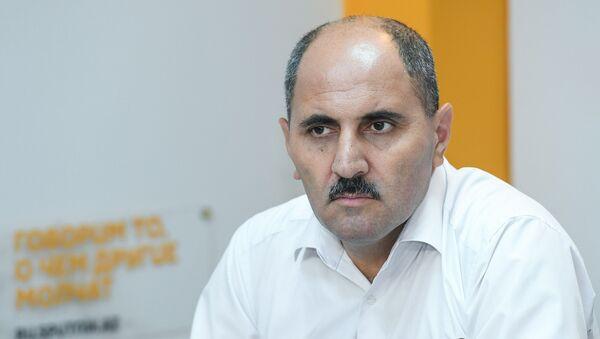 Член правления Совета прессы Азер Хасрет - Sputnik Азербайджан
