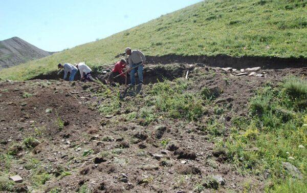 Археологические раскопки в Губинском районе - Sputnik Азербайджан