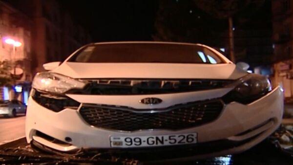 Автомобиль марки  KİA попавший в ДТП - Sputnik Азербайджан
